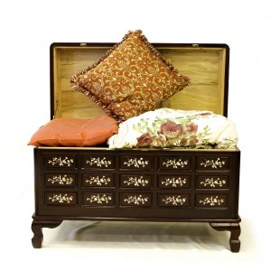 Dark Cherry Multi square Solid Rosewood Camphor Chest with Mother of Pearl Inlaid - LK 08-000454
