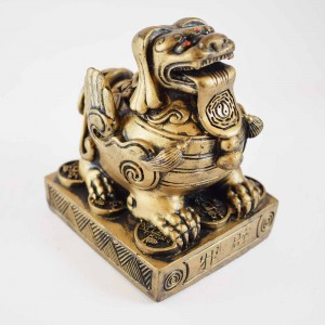 Feng Shui Brass Fu Dog Guardian Of Wealth And Negativity Good For Entrances Of Businesses And Homes  (A Symbol Of Loyalty And Guardianship) YC-FUD02