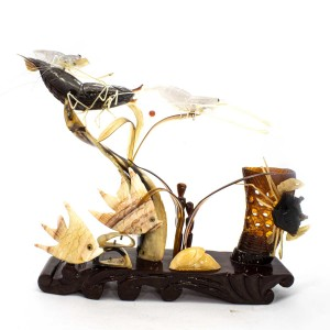 Artificial Jade Ocean Life Shrimps, Fishes & Crab Figurines On Wooden Platform Small - NS-JADESEACR05